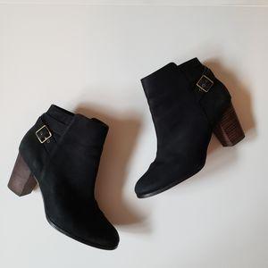 COLE HAAN WOMEN'S CASSIDY BLACK NUBUCK BOOTIES